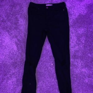 Black Bullhead Mid/High Rise Jean